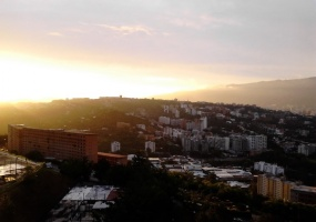 Colegio Americano,Caracas,Gran Caracas,3 Bedrooms Bedrooms,2 BathroomsBathrooms,Apartamento,El Naranjal torre B,Colegio Americano,1008