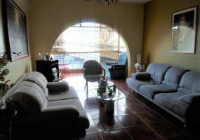 San Martin, Caracas, Gran Caracas, 5 Bedrooms Bedrooms, ,2 BathroomsBathrooms,Apartamento,Venta,Avesamar,San Martin,1024