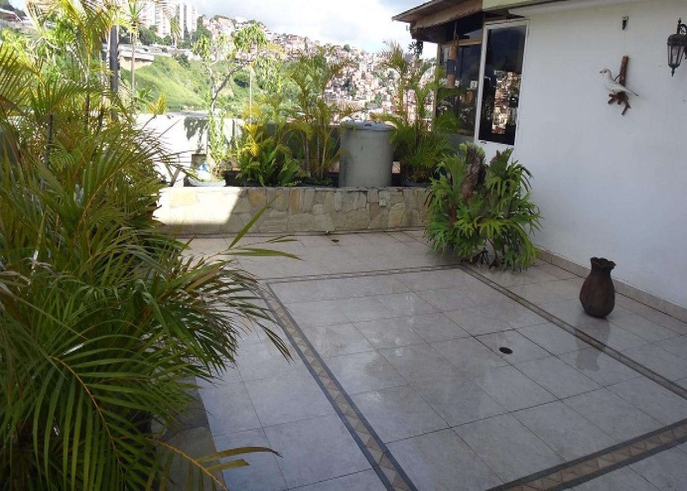 Rio Paragua, Caracas, Miranda, 3 Bedrooms Bedrooms, ,3 BathroomsBathrooms,Apartamento,Venta,Cuji,Rio Paragua,1033